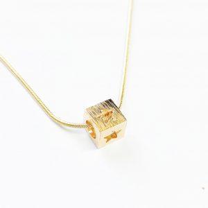 Collar Cubo Gold